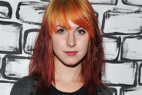 qa hayley williams  paramores  chapter rolling