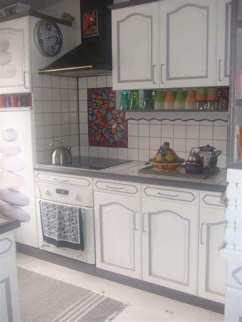 cuisine repeinte en gris couleur cuisine