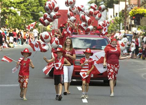 33 amazing canada day parade pictures and photos