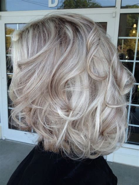 What Color Is Platinum Hair by Silver Hair Dye On Hair Nail Styling
