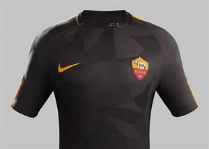 Roma, presentata la terza maglia 2017/18: divisa marrone con dettagli arancioni Calcio e Finanza