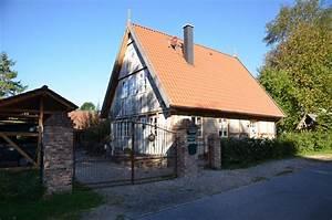 Single Haus Bauen : zwei personen fachwerkhaus ~ Orissabook.com Haus und Dekorationen