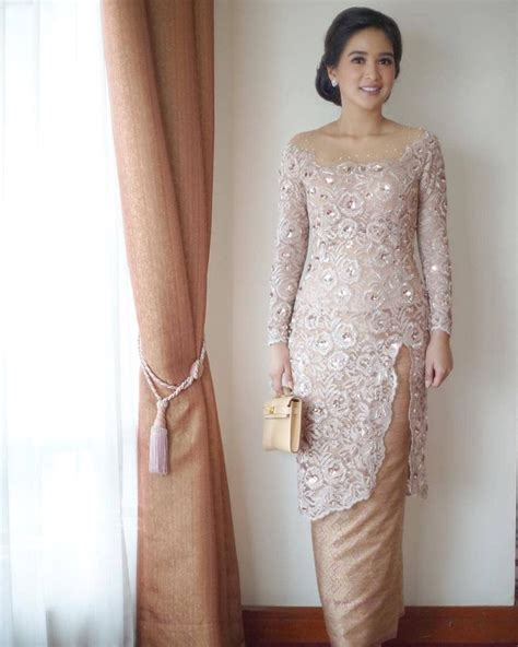 pin  nuna jafrie  kebaya   kebaya wedding
