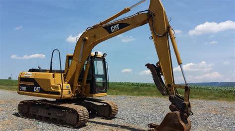caterpillar  hydraulic excavator youtube