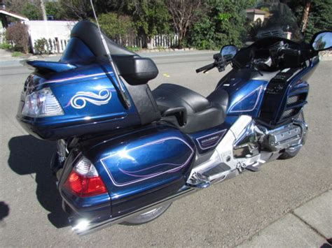 2007 honda goldwing gl1800 23k one owner airbag abs