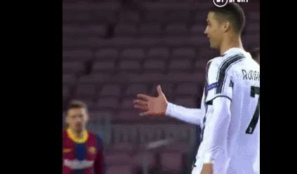 UEFA Champions League Melo vs. Juventus 3-0 victory over ...