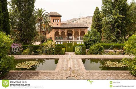 Jardin De L Alhambra Marrakech by Jardines De Generalife Dentro Del Palacio De Alhambra Foto