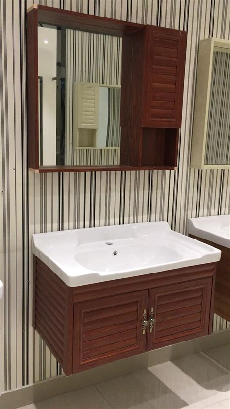 Bathroom Cabinets For Small Spaces