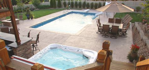 Stamped Concrete Pool Coping