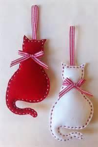 cat felt christmas ornament set of 2 by marilous on etsy 7 00 fieltro navidad pinterest