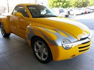 Find Used 2005 Chevrolet Ssr Base Convertible 2
