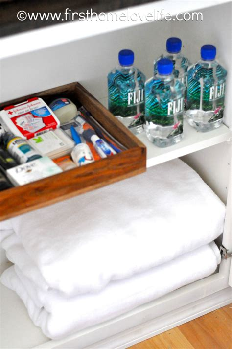 guest room essentials  home love life