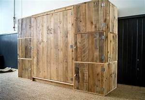 Build a Dressing Room with Pallets for Free 99 Pallets