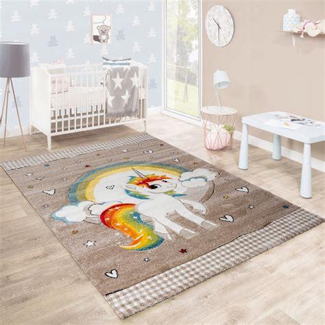 tapis pour enfant chambre d enfants c urs arc en ciel licorne contours d 233 coup 233 s beige blanc