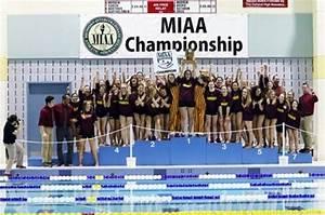 Women's swimming and diving win championship, men finish ...