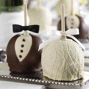 25+ Edible Wedding Favors Your Guests Won't Leave Behind