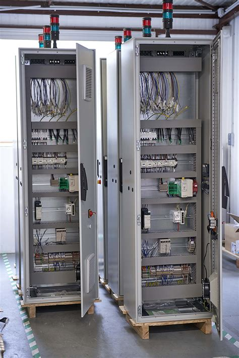 Tableautier électrique  Armoire électrique, Tableau