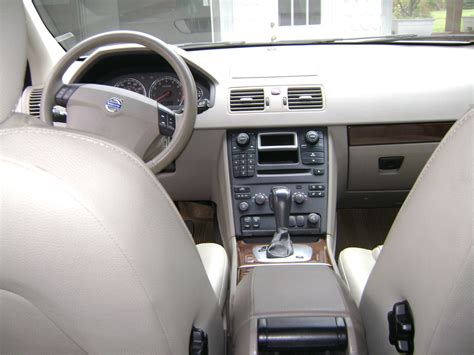 volvo  wagon interior wallpaper