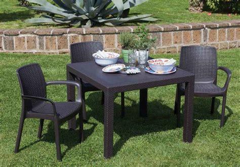 tavolo giardino usato tavoli sedie da giardino usati terredelgentile