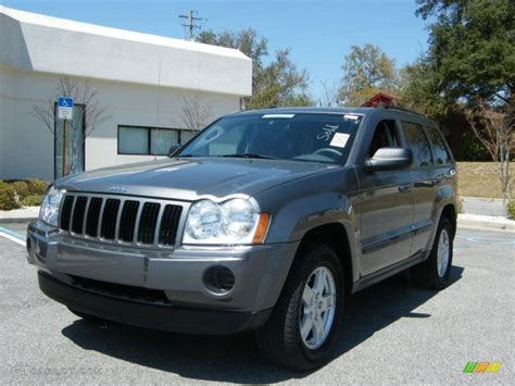 jeep grand cherokee gray 2007 mineral gray metallic jeep grand cherokee laredo