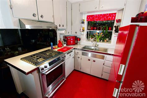 Jenny & Bob's Retro Kitchen Makeover  Formica Geo With