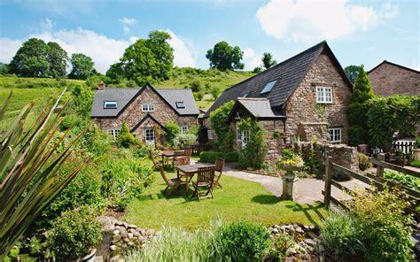 Tudor Farmhouse Hotel Review, Gloucestershire Travel