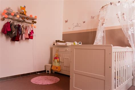 couleur de peinture pour chambre ado fille idée déco chambre bébé fille artdkids