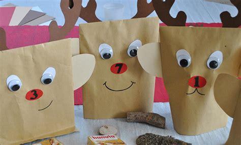 weihnachtskalender selber basteln einen adventskalender mit rentier motiven basteln so geht 180 s