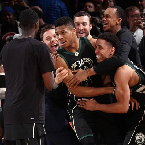 Greek Show: Bucks Star Giannis Antetokounmpo Scores 27 ...