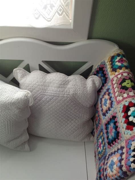 decor for home 28 cozy and comfy crocheted pieces for home d 233 cor digsdigs