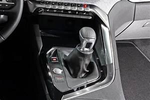 Peugeot 3008 Boite Automatique : nouveau peugeot 3008 face au volkswagen tiguan le duel en images photo 29 l 39 argus ~ Gottalentnigeria.com Avis de Voitures