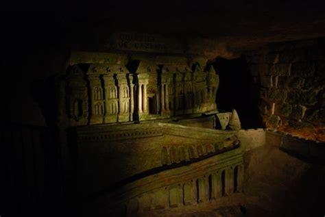 creepy entrance   catacombs photo