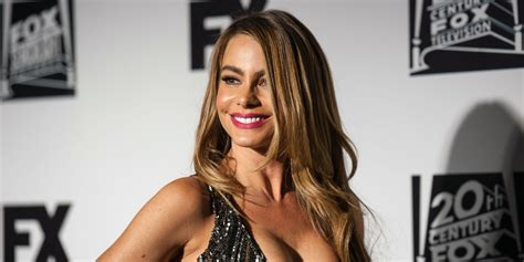 sofia vergara facebook jan brewer cleavage