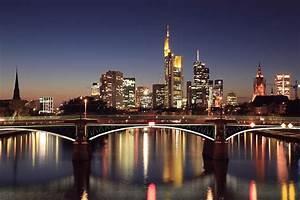 Skyline Frankfurt Bild : frankfurt skyline am abend foto bild architektur stadtlandschaft skylines bilder auf ~ Eleganceandgraceweddings.com Haus und Dekorationen
