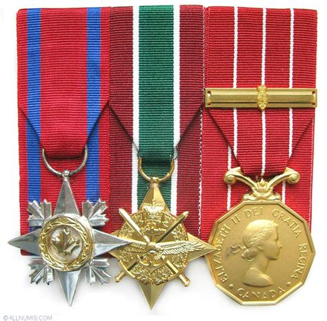 medal of canadian military decorations sc gcs swa cd