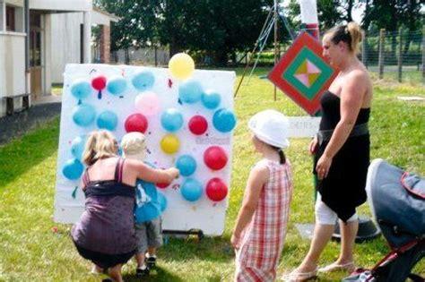 jeux d exterieur pour ecole maternelle jeux et danses 224 la kermesse de l 233 cole ecole kermesse bonbon