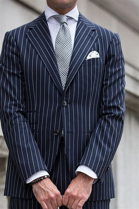 what color suit for 13 different ties to wear with a blue suit he spoke style