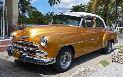 1952 Chevrolet Styleline Deluxe 4-door Sedan