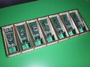 Schnapsglas Mit Gravur : bild schnapsgl ser 12 in holzbox aus der kategorie schnapsglas gravur ~ Markanthonyermac.com Haus und Dekorationen