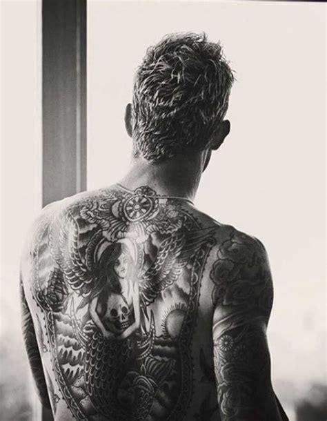 tatouage homme dos ces tatouages pour homme inspir 233 s des c 233 l 233 brit 233 s qui marquent
