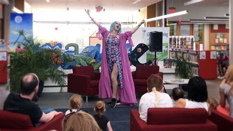 drag queen storytime childrens event coming  libraries