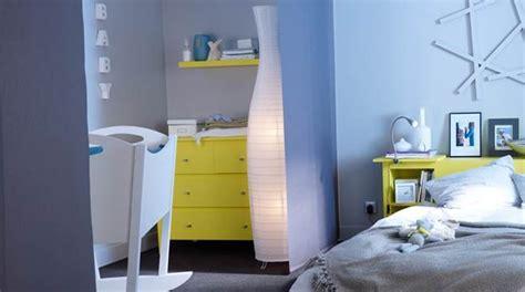 bebe dans chambre des parents decoration chambre bebe et parents visuel 2