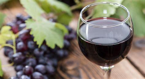 Boire Un Verre De Vin Rouge Serait-il Aussi Bénéfique Qu