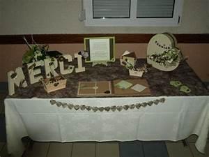 Urne Mariage Champêtre : table urne et livre d 39 or couleurs ivoire chocolat et ~ Melissatoandfro.com Idées de Décoration