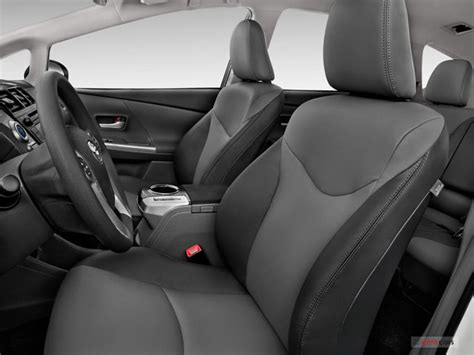 Toyota Prius 2012 Interior by 2012 Toyota Prius V Interior U S News World Report