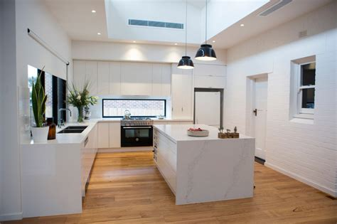 Ivanhoe  Contemporary  Kitchen  Melbourne  By Finewood
