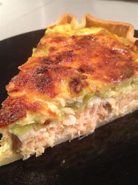 cuisiner saumon frais 25 best ideas about recette quiche poireaux on