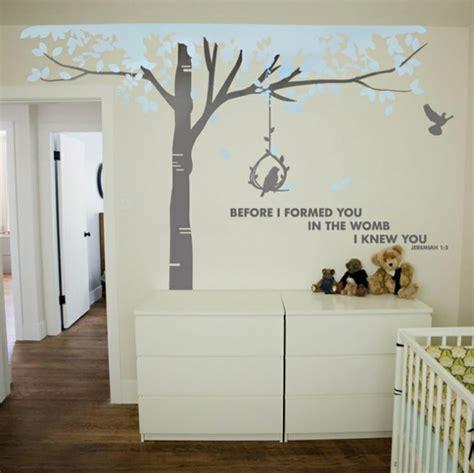 dessin mural chambre 16 stickers muraux pour bien décorer la chambre de bébé