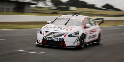 Nissan Not In V8 Supercars To Sell Altima, Racing Fans
