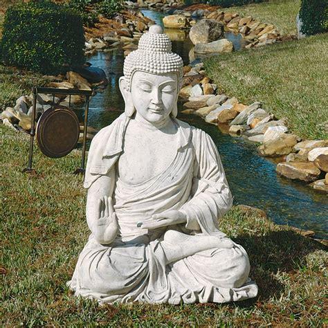 large buddha statues